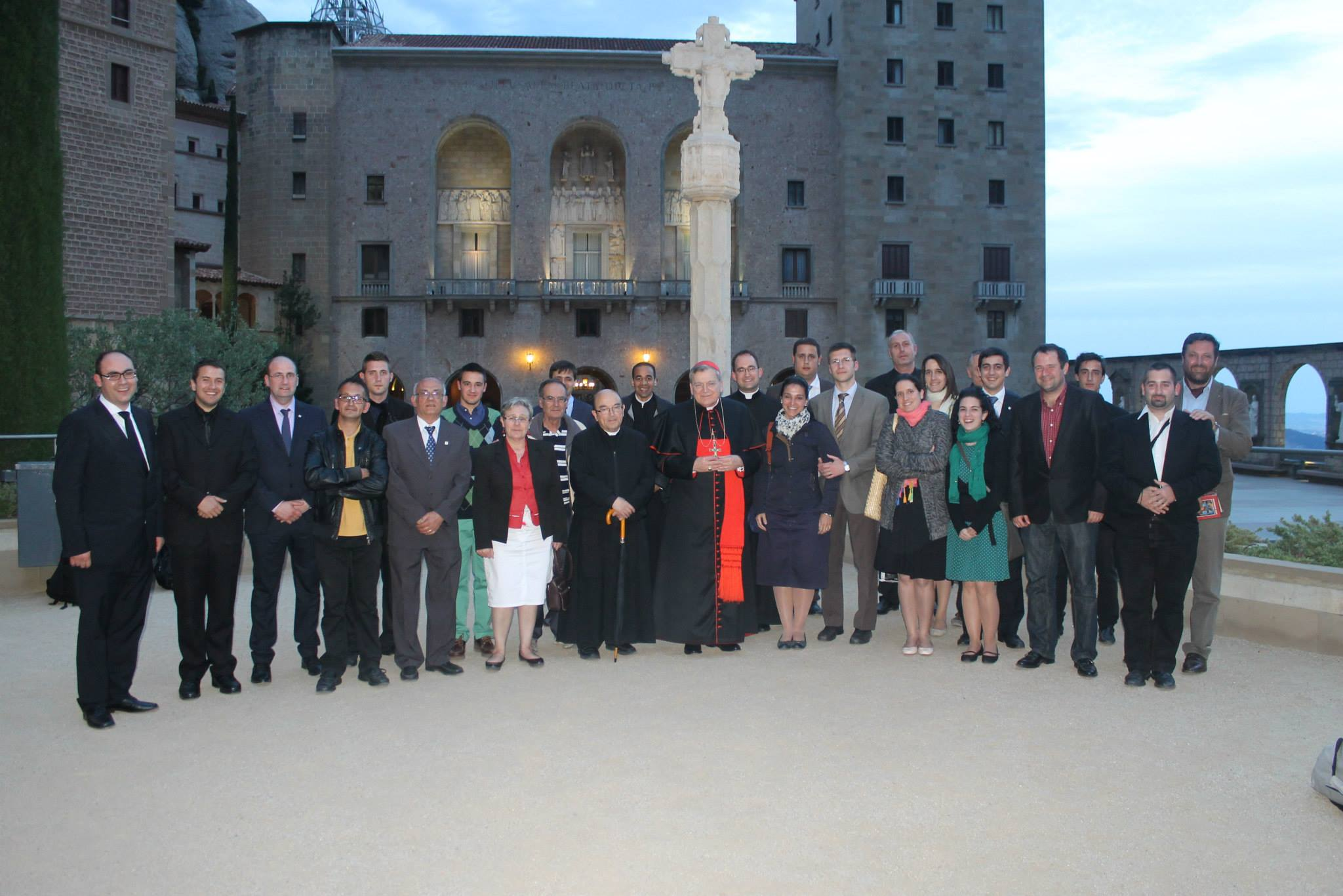 Hace un a o de la visita del cardenal burke a barcelona - Barcelona san jose ...