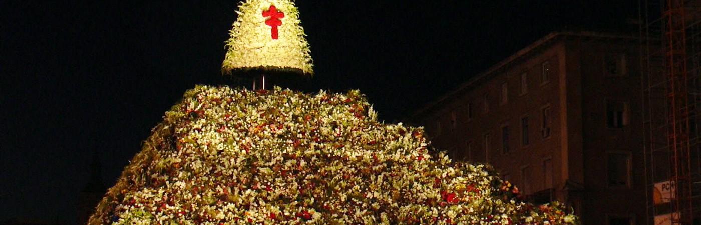 Monumento a la Virgen del Pilar